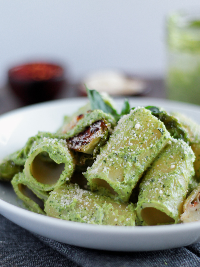 Creamy Green Vegan Avocado Pesto Sauce on Pasta
