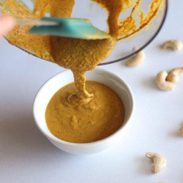 creamy vegan cashew cheese sauce