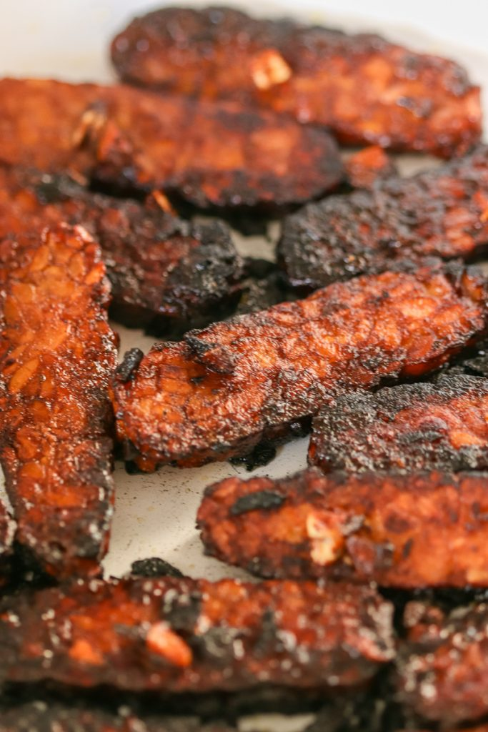 crispy tempeh bacon close up